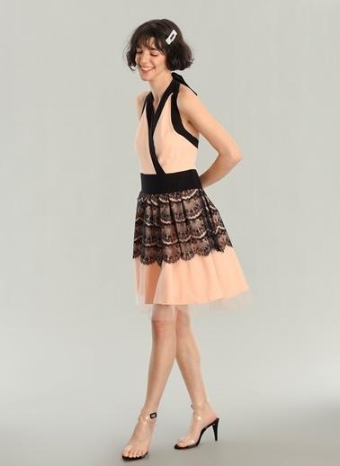 Agenda Boyundan Bağlama Detaylı Elbise Somon